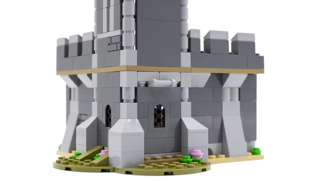 LEGO Creator 3 in 1 Medieval Castle 31120 38