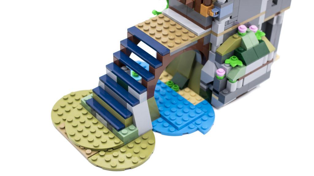 LEGO Creator 3 in 1 Medieval Castle 31120 5