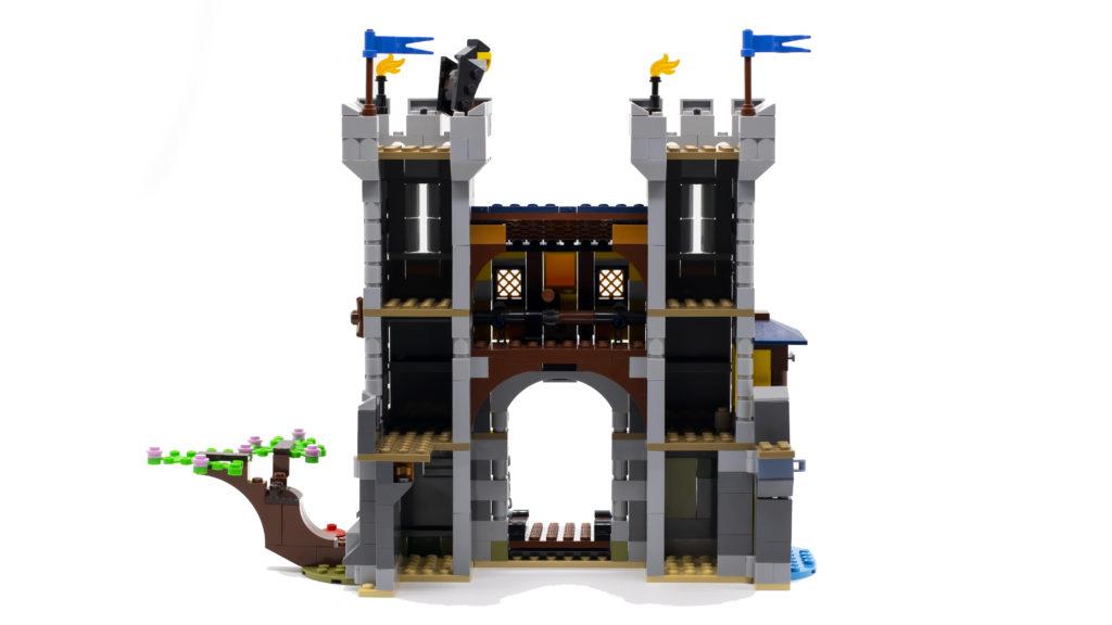 LEGO Creator 3 in 1 Medieval Castle 31120 51