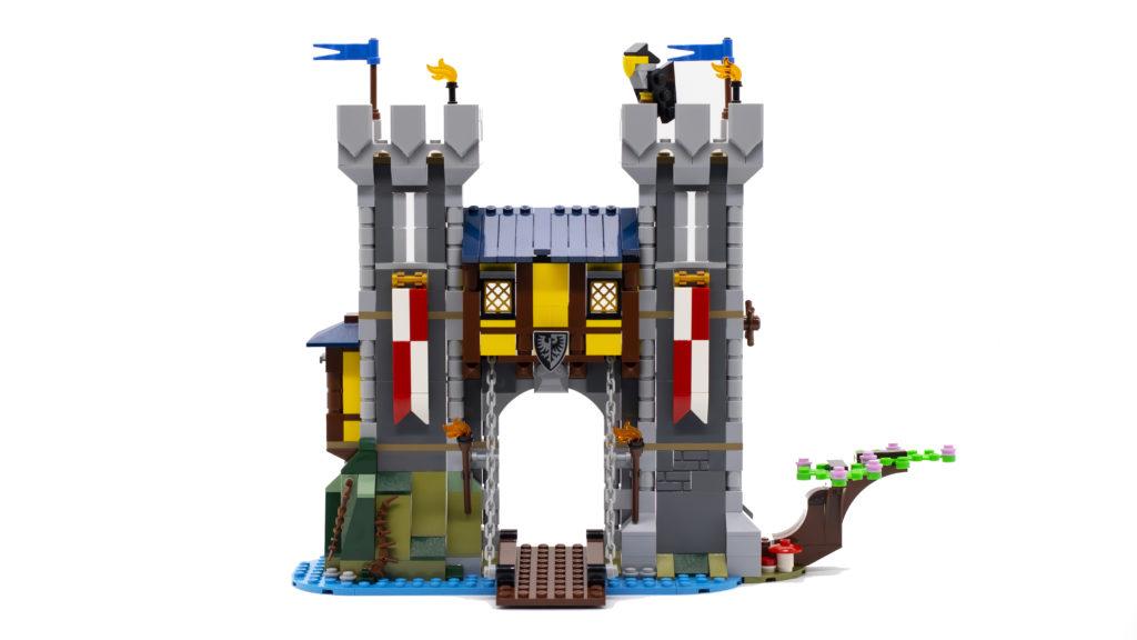 LEGO Creator 3 in 1 Medieval Castle 31120 52