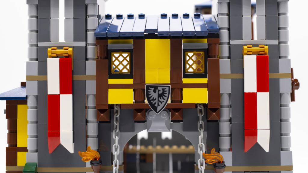 LEGO Creator 3 in 1 Medieval Castle 31120 59