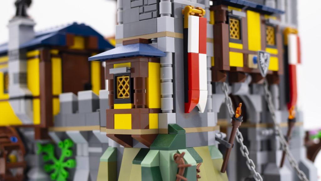 LEGO Creator 3 in 1 Medieval Castle 31120 61