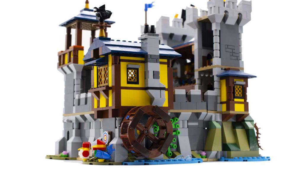 LEGO Creator 3 in 1 Medieval Castle 31120 63