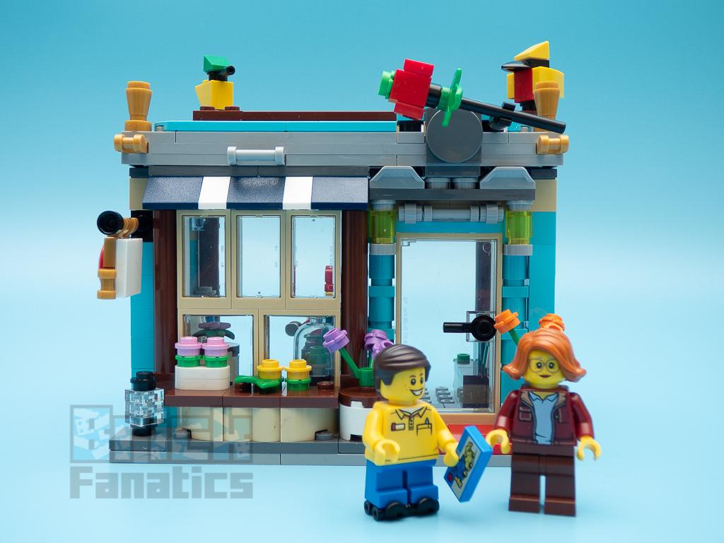 LEGO Creator 31105 Townhouse Toy Shop B 1