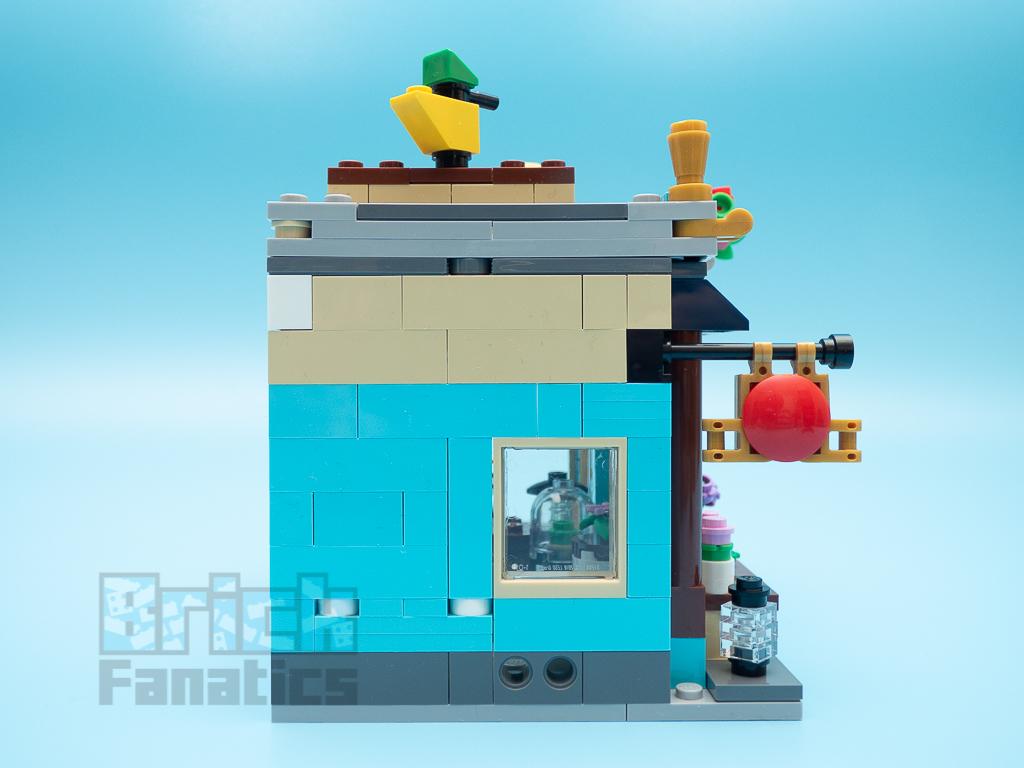 LEGO Creator 31105 Townhouse Toy Shop B 3