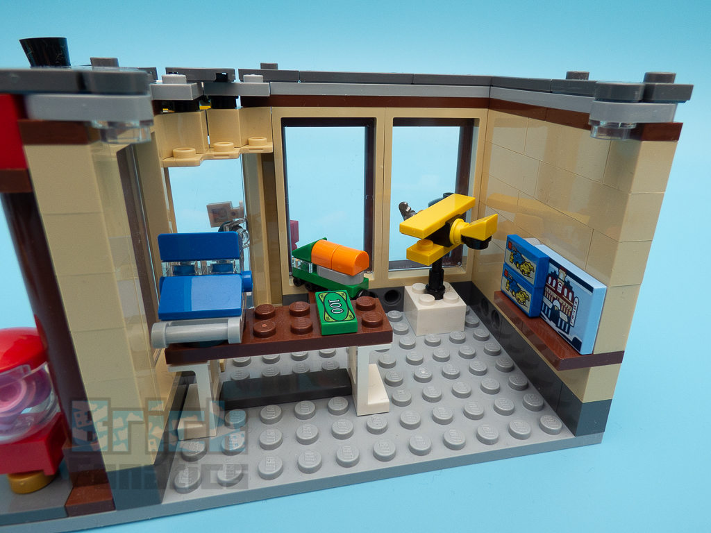 LEGO Creator 31105 Townhouse Toy Store 10