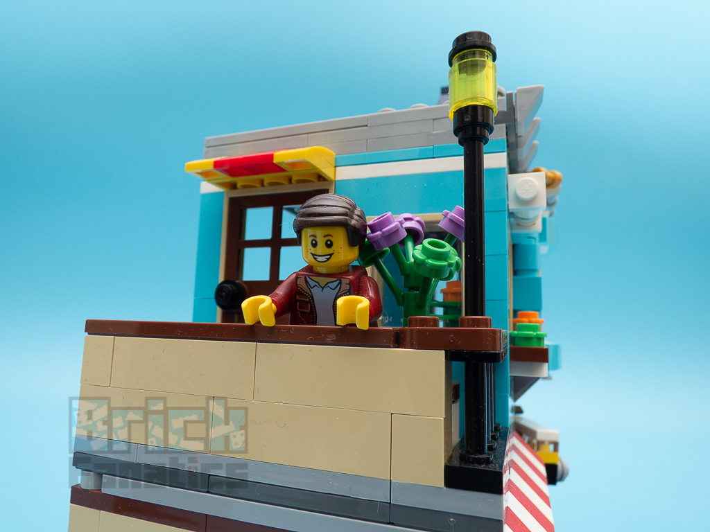 LEGO Creator 31105 Townhouse Toy Store 19