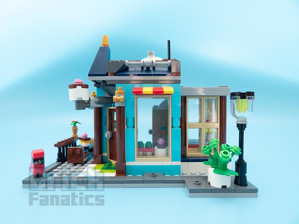 LEGO Creator 31105 Townhouse Toyshop C 1
