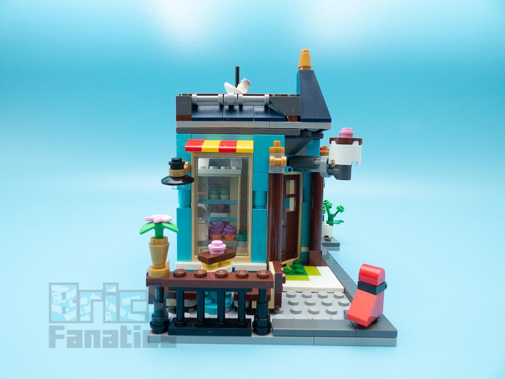LEGO Creator 31105 Townhouse Toyshop C 3