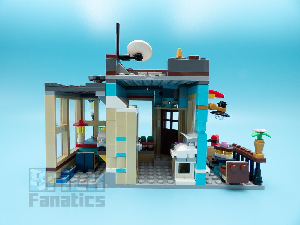 LEGO Creator 31105 Townhouse Toyshop C 4