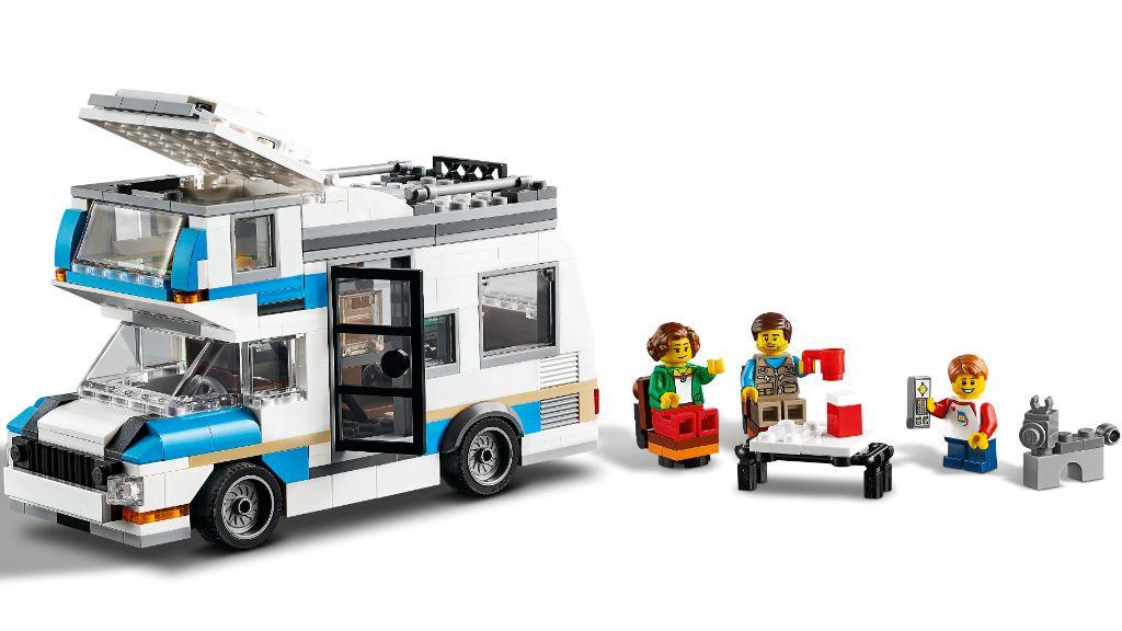 LEGO Creator 31108 Caravan Family Holiday 6