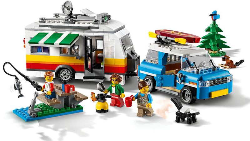 LEGO Creator 31108 Caravan Family Holiday Featured