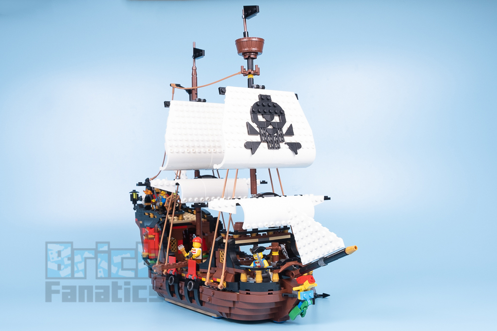 LEGO Creator 31109 Pirate Ship 10 1