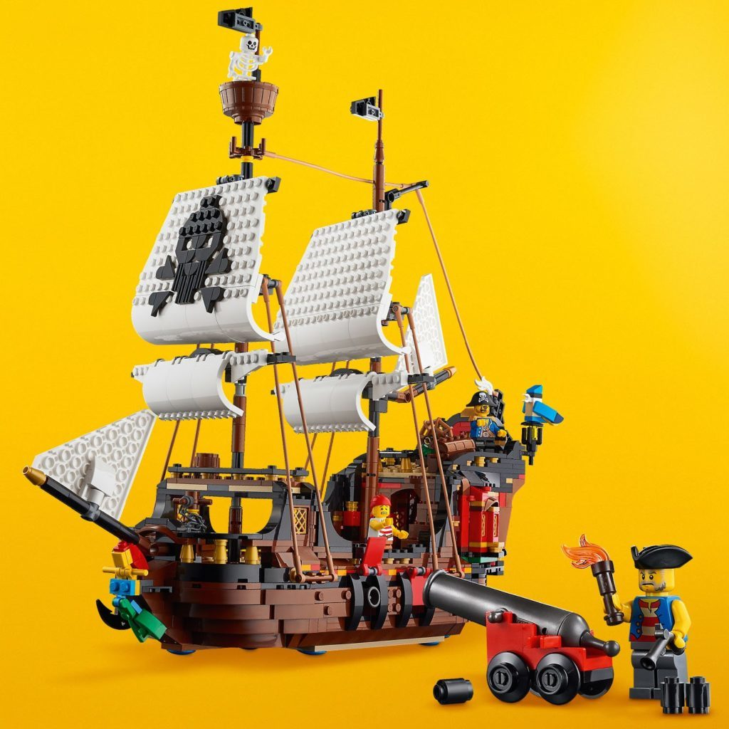 LEGO Creator 31109 Pirate Ship 11 1024x1024