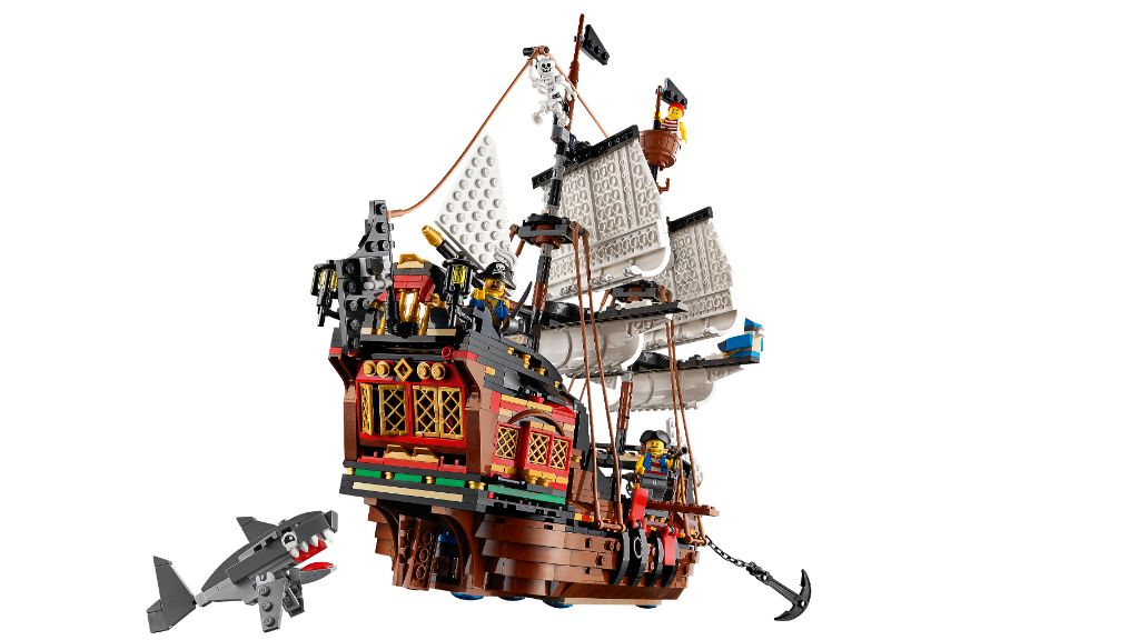 LEGO Creator 31109 Pirate Ship 8