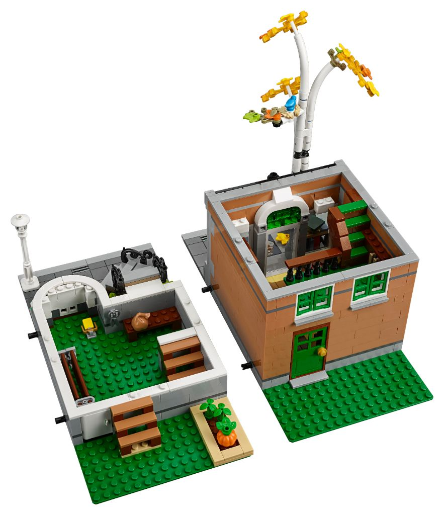 LEGO Creator Expert 10270 Bookshop 11