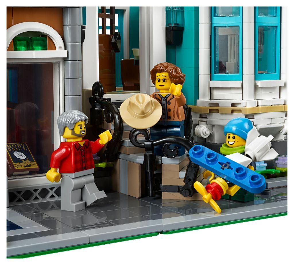LEGO Creator Expert 10270 Bookshop 25