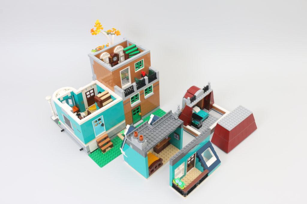 LEGO Creator Expert 10270 Bookshop Review 12