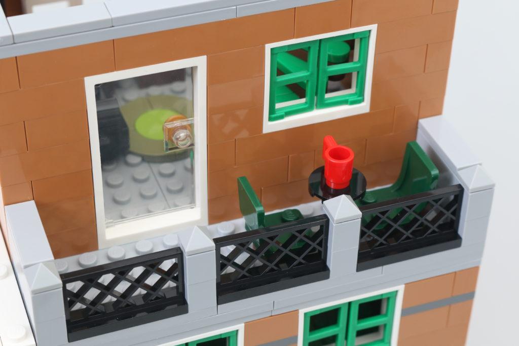 LEGO Creator Expert 10270 Bookshop Review 20