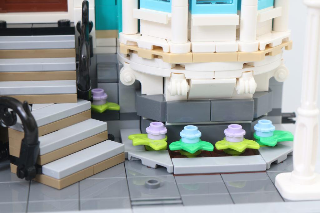 LEGO Creator Expert 10270 Bookshop Review 36