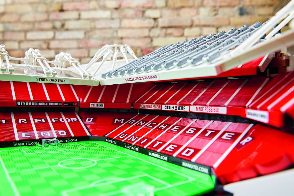 LEGO Creator Expert 10272 Old Trafford Manchester United 30