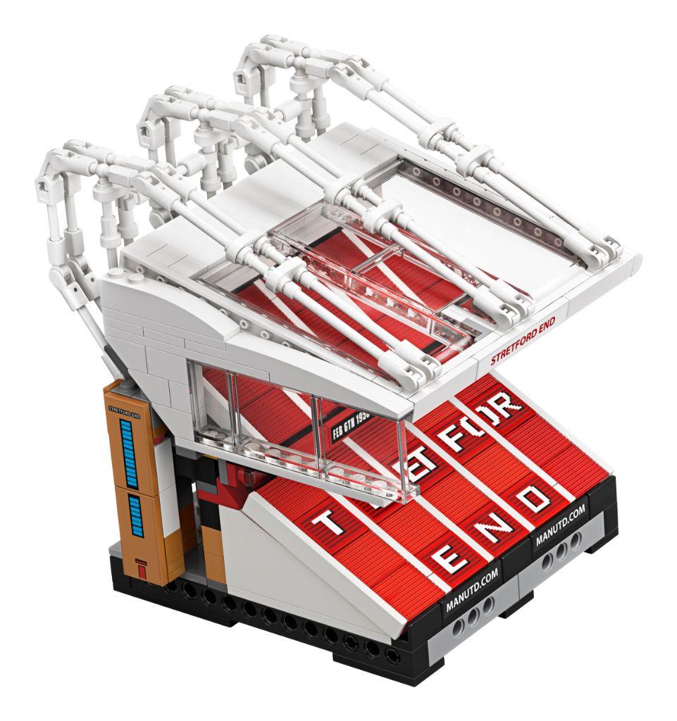 LEGO Creator Expert 10272 Old Trafford Manchester United 5