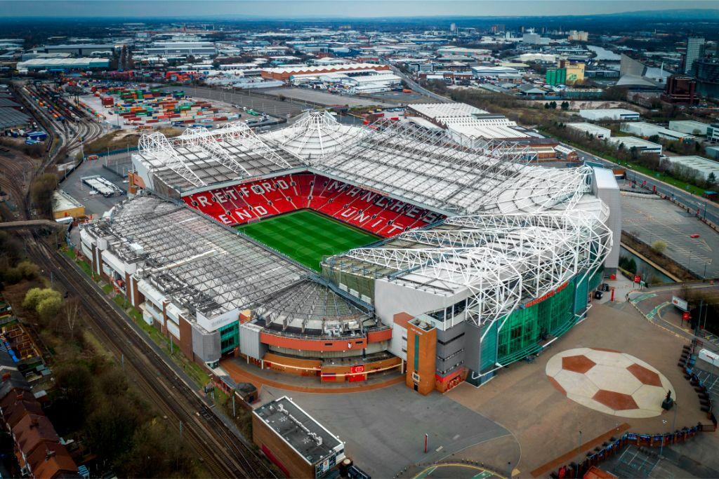 LEGO Creator Expert 10272 Old Trafford Manchester United 8
