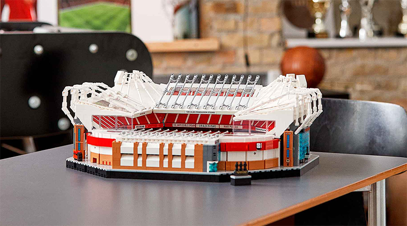 LEGO Creator Expert 10272 Old Trafford Manchester United Box Featured