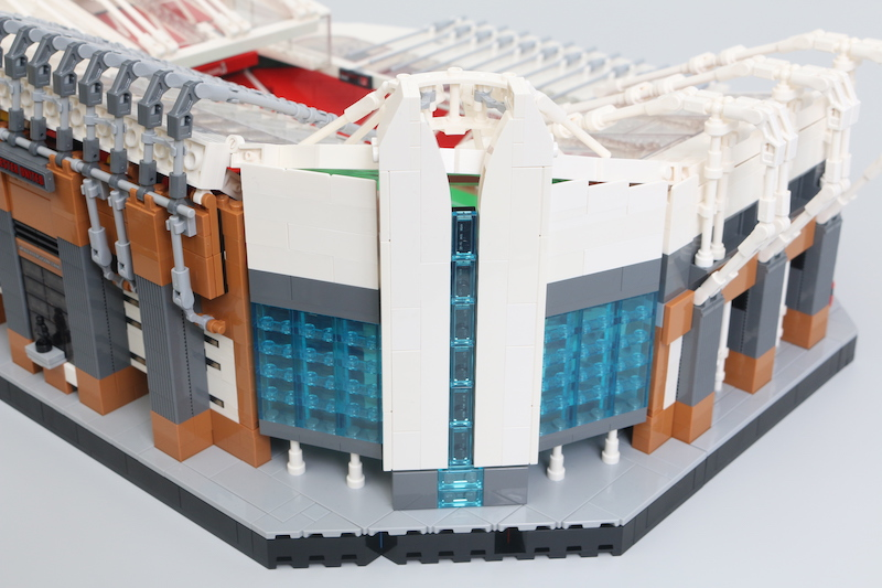 LEGO Creator Expert 10272 Old Trafford Manchester United Review 16 1