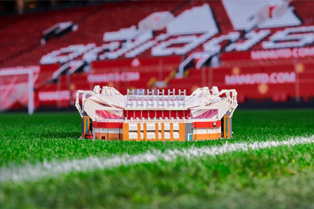 LEGO Creator Expert 10272 Old Trafford Manchester United Stadium 1