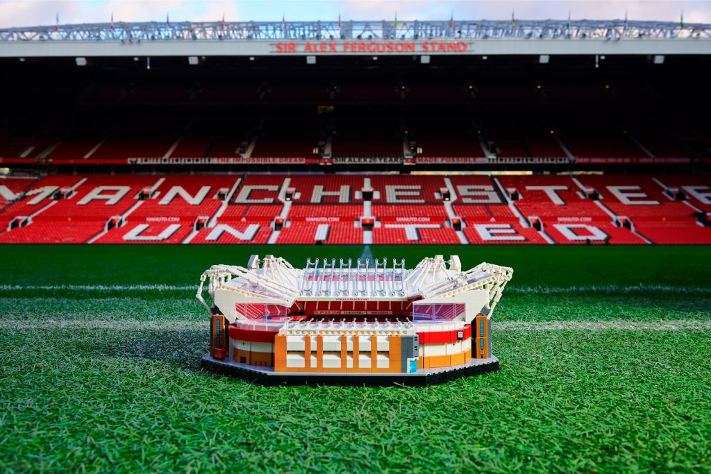 LEGO Creator Expert 10272 Old Trafford Manchester United Stadium 3