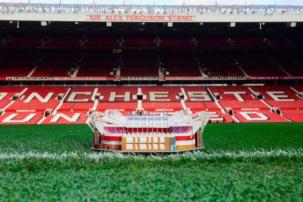 LEGO Creator Expert 10272 Old Trafford Manchester United Stadium 4