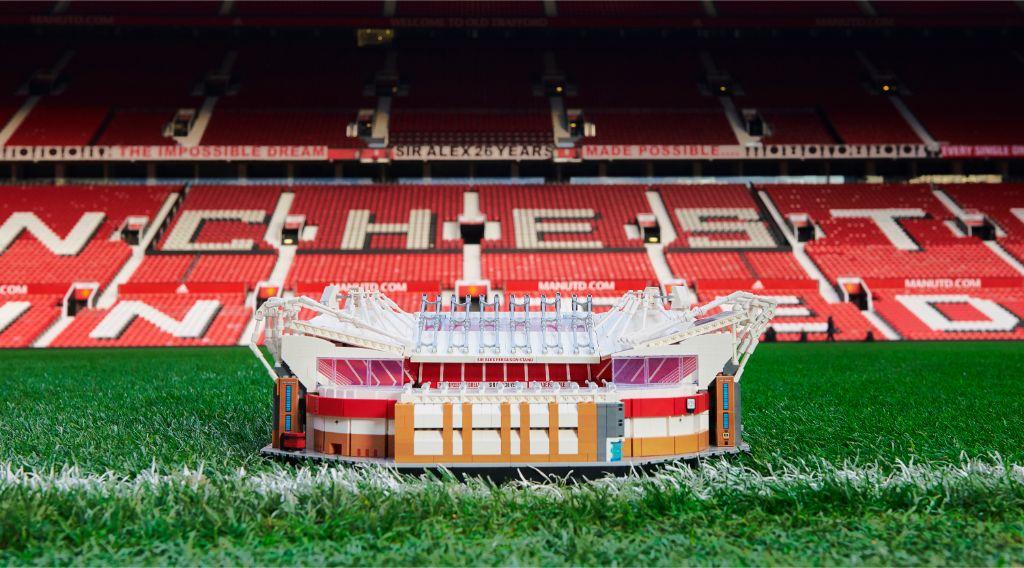 LEGO Creator Expert 10272 Old Trafford Manchester United Stadium 5