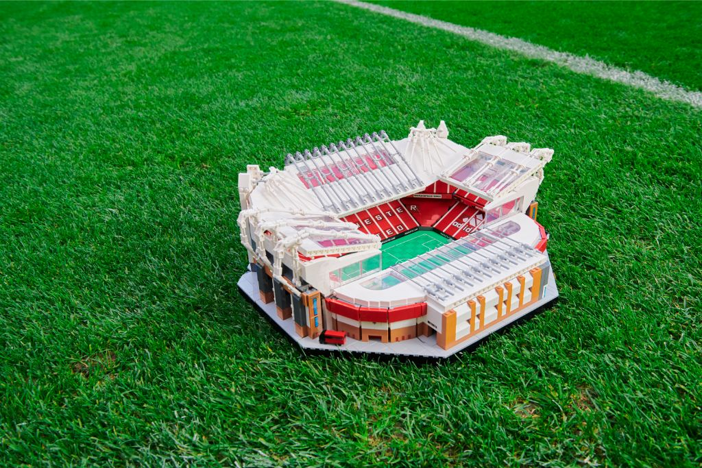 LEGO Creator Expert 10272 Old Trafford Manchester United Stadium 8