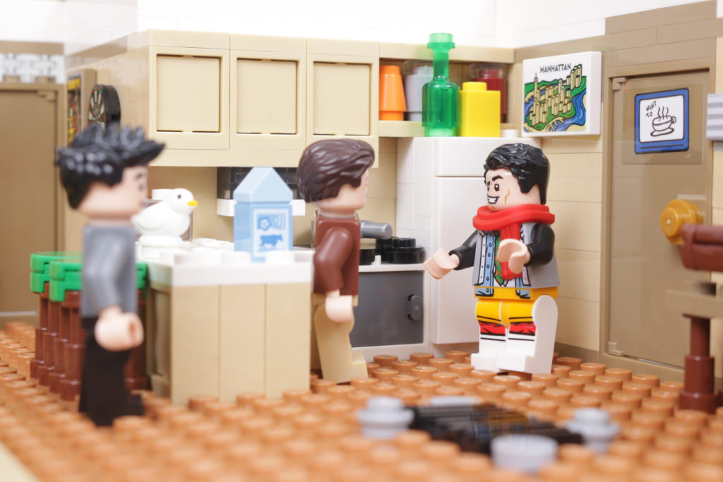 LEGO Creator Expert 10292 Friends Apartments review 29