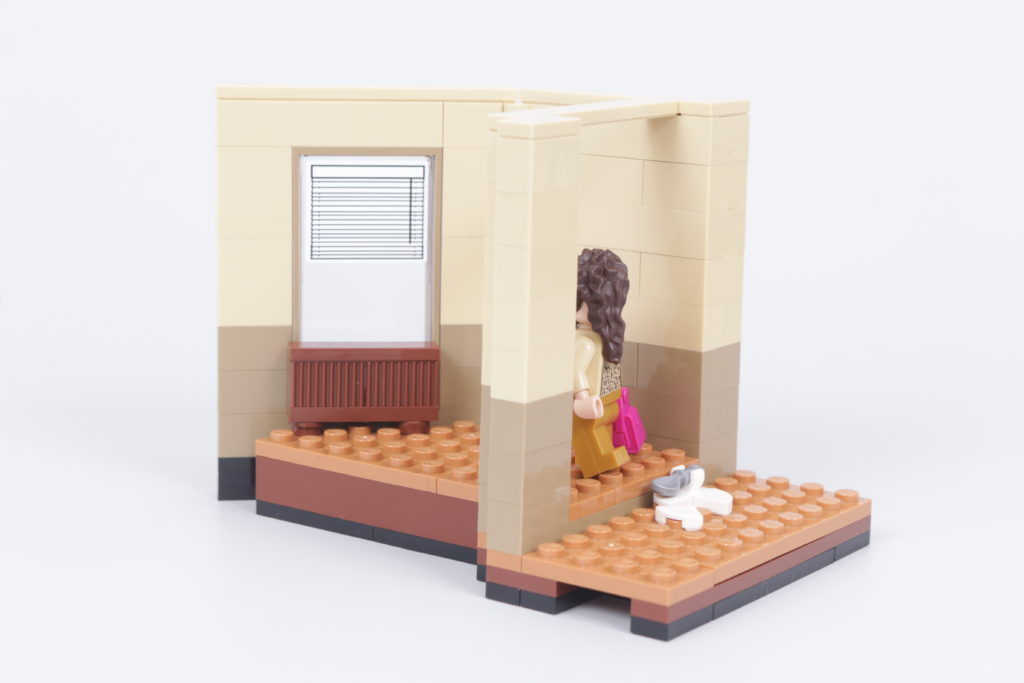 LEGO Creator Expert 10292 Friends Apartments review 31