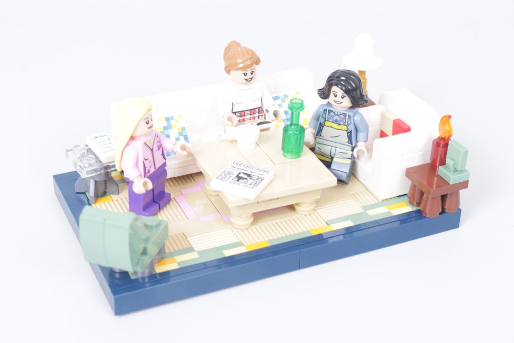 LEGO Creator Expert 10292 Friends Apartments review 36