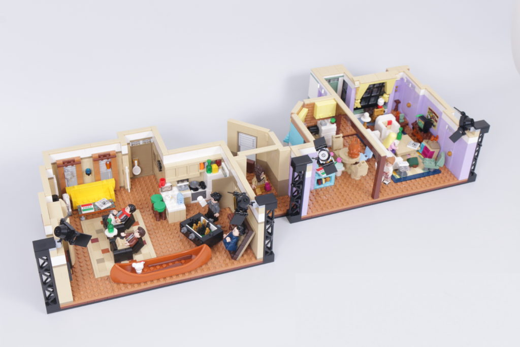 LEGO Creator Expert 10292 Friends Apartments review 64