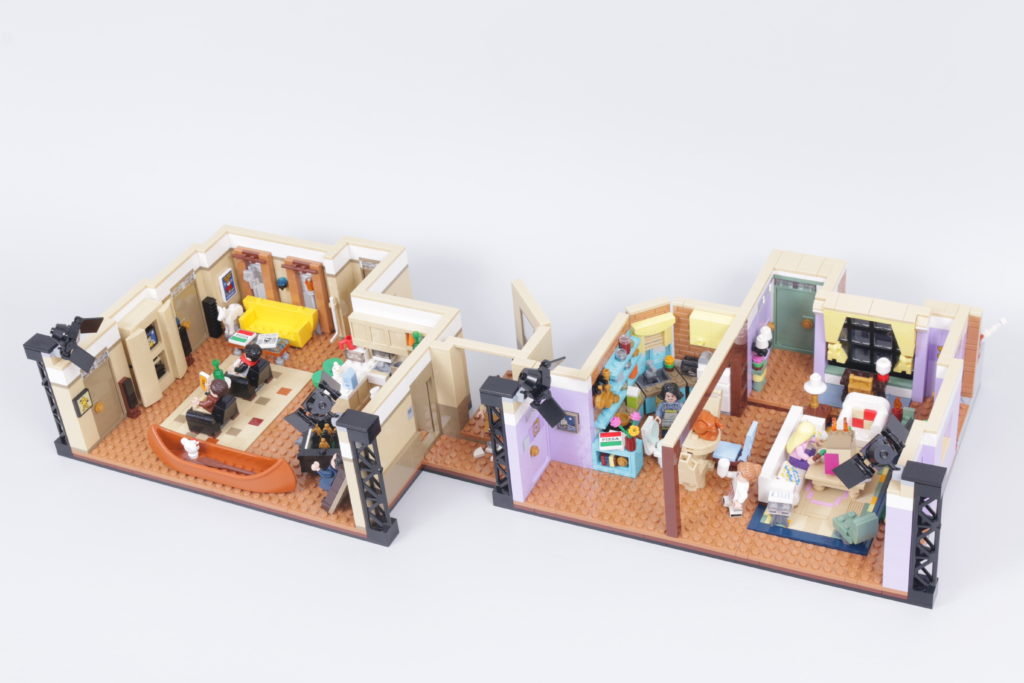LEGO Creator Expert 10292 Friends Apartments review 7