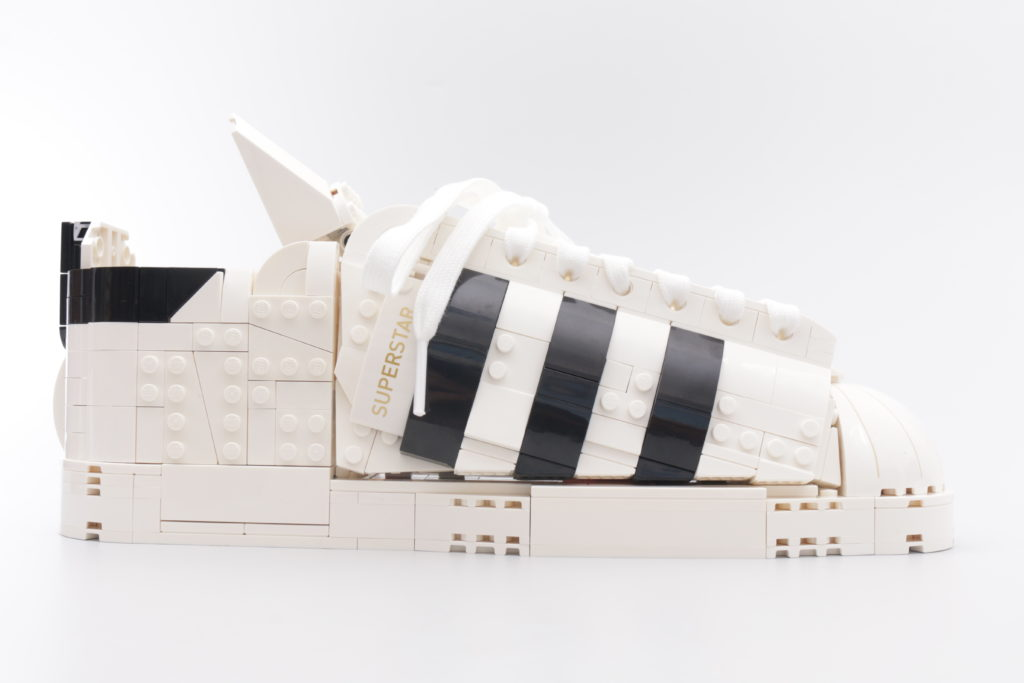 LEGO Creator Expert 18 plus 10282 Adidas Superstar review 41