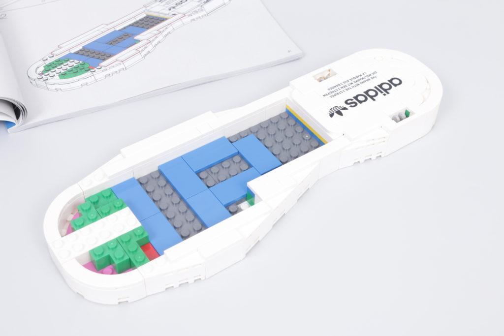 LEGO Creator Expert 18 plus 10282 Adidas Superstar review 6