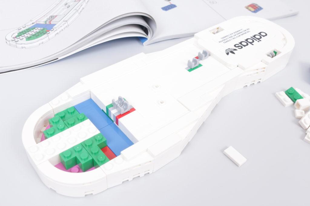 LEGO Creator Expert 18 plus 10282 Adidas Superstar review 8