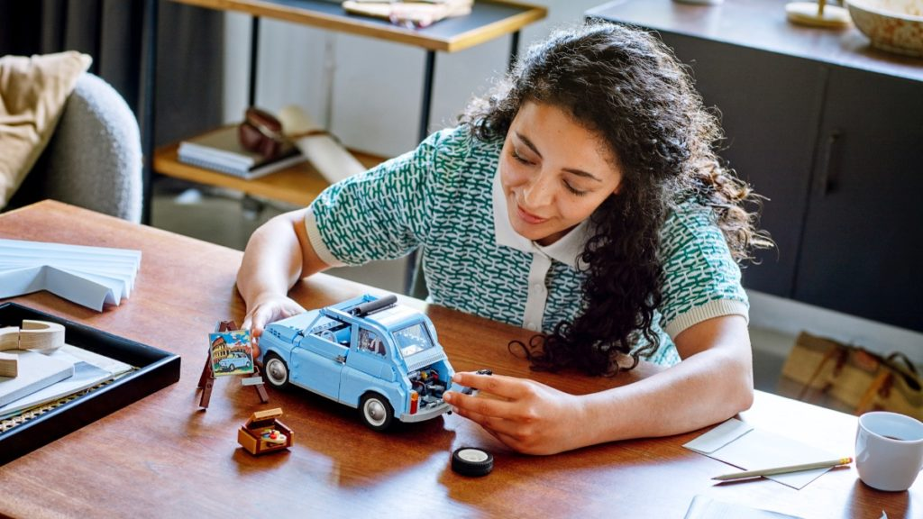 LEGO Creator Expert 77942 Fiat 500 featured 2