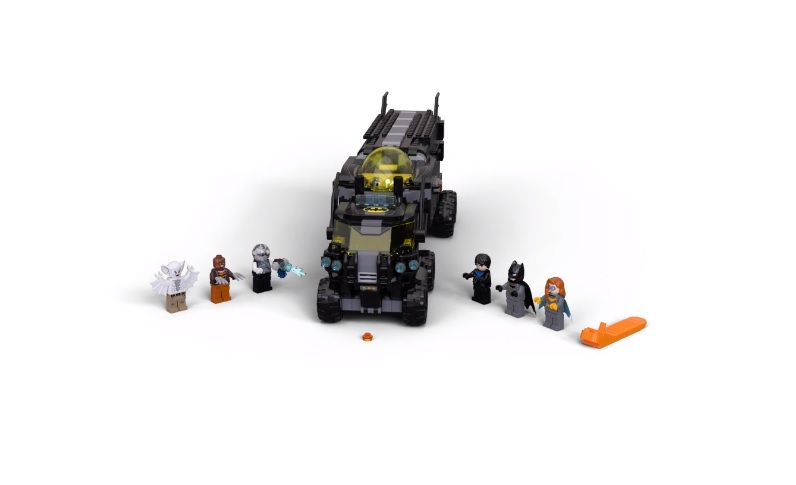 LEGO DC Batman 76160 Mobile Bat Base 1