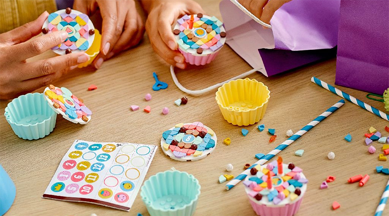 LEGO DOTS 41926 Creative Party Kit Featured