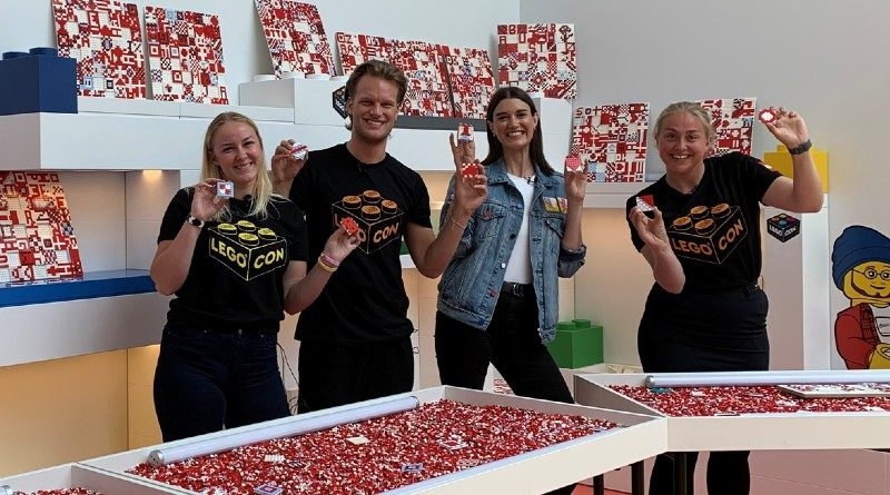 LEGO DOTS LEGO House building challenge mural featured
