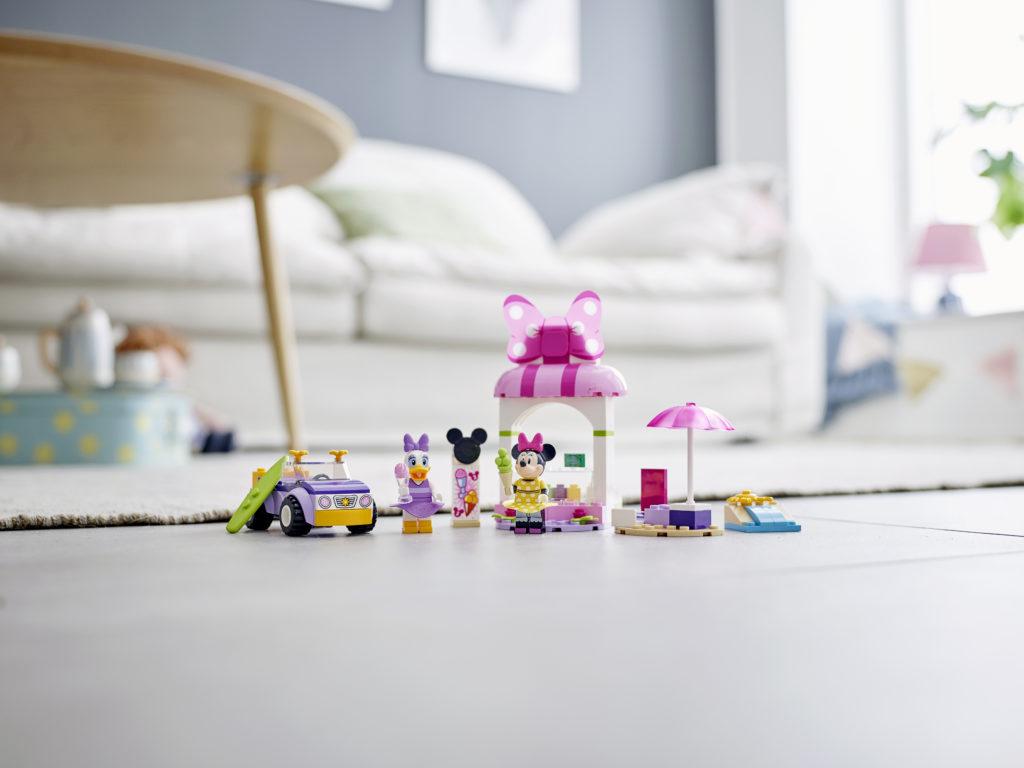 LEGO Disney 10773 Minnie Mouses Ice Cream Shop 4