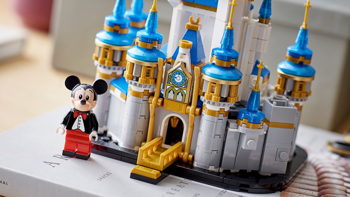 LEGO Disney 40478 Mini Disney Castle Featured