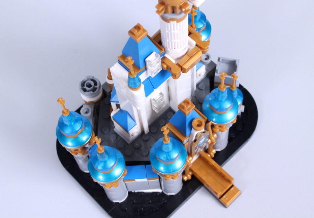 LEGO Disney 40478 Mini Disney Castle review 12