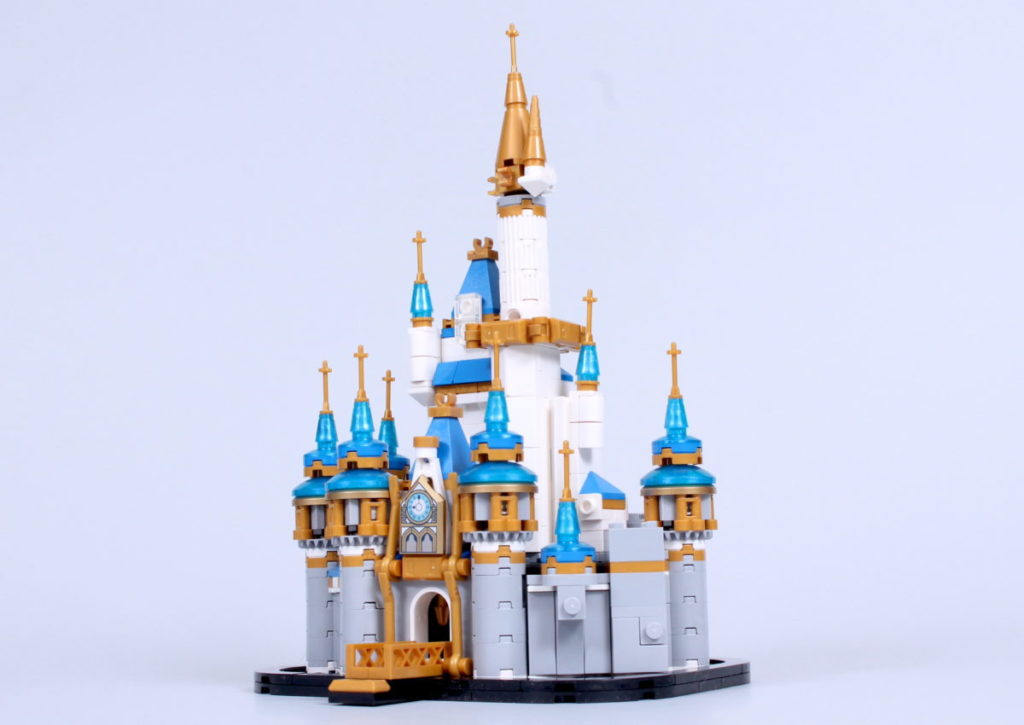 LEGO Disney 40478 Mini Disney Castle review 13